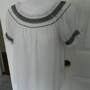 Lette USA black & white blouse with gather details